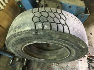 Пример углубления протектора грузовых шин.